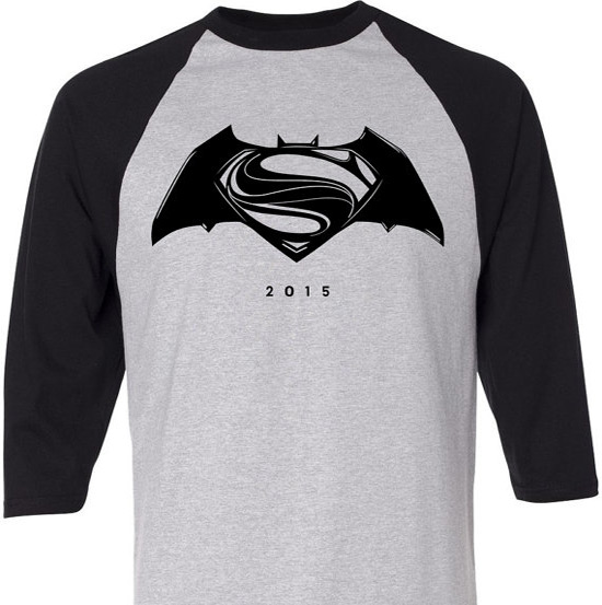 Batman vs Superman logo t-shirt